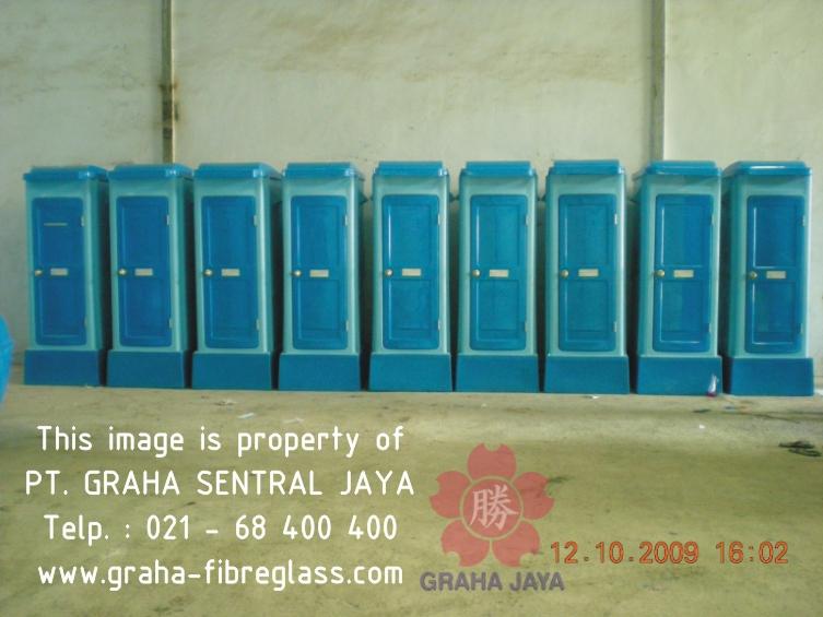 Toilet Portable Fiberglass Tipe C - Graha Jaya