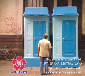 Toilet Portable Fibreglass - Graha Jaya